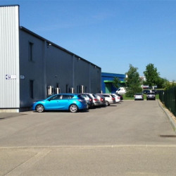 Location Local d'activités Péronnas 1400 m²