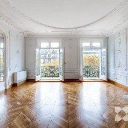 Location Bureau Paris 8ème 334 m²