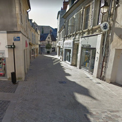 Location Local commercial Bourges 40 m²