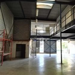 Location Local d'activités Saint-Mard 441 m²