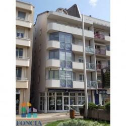 Location Local commercial Thonon-les-Bains 70,28 m²