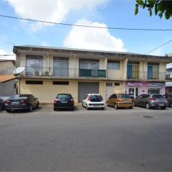 Location Local commercial Cayenne 60 m²