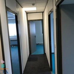 Location Local commercial Lèves 70 m²