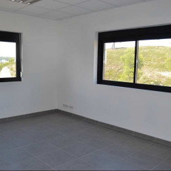 Location Bureau Martigues 75 m²