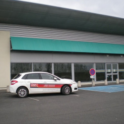 Location Local commercial Saint-Amand-Montrond 600 m²