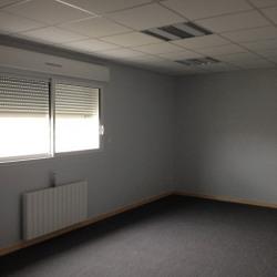 Location Bureau Saint-Ouen-de-Thouberville 150 m²