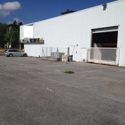 Location Local commercial Cluses 1055 m²