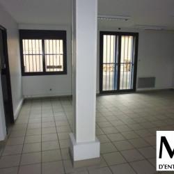 Location Local d'activités Décines-Charpieu 390 m²