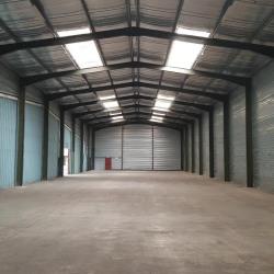Location Local d'activités Chabeuil 3900 m²
