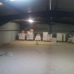 Vente Entrepôt Saint-Mitre-les-Remparts 700 m²