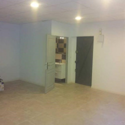 Location Local commercial Marseille 2ème 58 m²