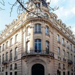 Location Bureau Paris 8ème 1544 m²