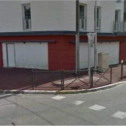 Location Local commercial Tremblay-en-France 103 m²