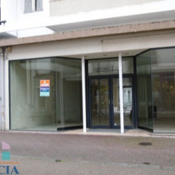 Location Local commercial Lorient 134,28 m²