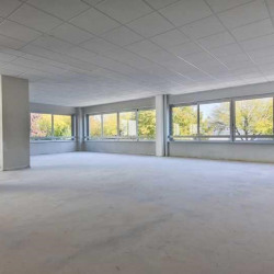 Location Bureau Buc 265 m²