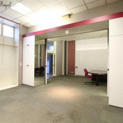 Location Local commercial Marseille 1er 282 m²