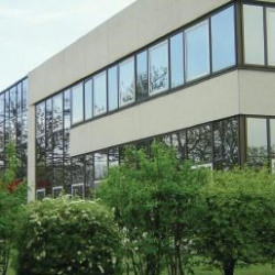 Location Bureau Tremblay-en-France 3247 m²