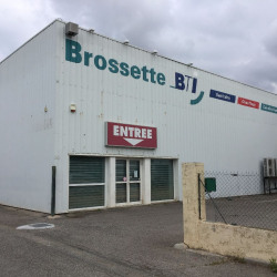 Location Entrepôt Fréjus 1390 m²