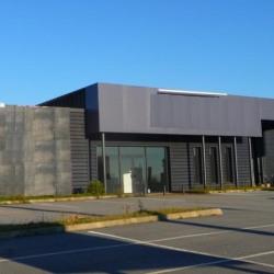 Location Local commercial Barentin 710 m²