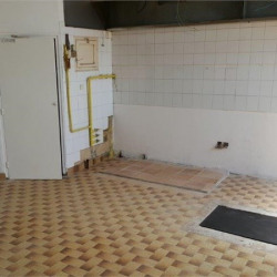 Location Local commercial Lannion 165 m²