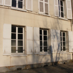 Location Local commercial Meaux 100 m²