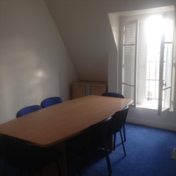 Location Bureau Paris 9ème 65 m²