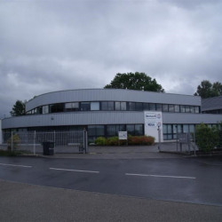 Location Bureau Pringy 166 m²