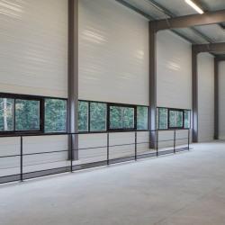 Location Entrepôt Magny-les-Hameaux 465 m²