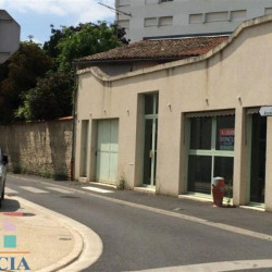 Location Local commercial Niort 86 m²