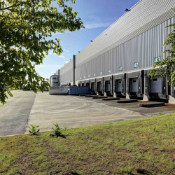 Location Entrepôt Castelnau-d'Estrétefonds 7473 m²