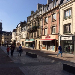 Location Local commercial Saint-Quentin 180 m²