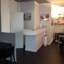 Location Local commercial Paris 15ème 55 m²