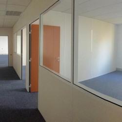 Location Bureau Montigny-le-Bretonneux 582 m²