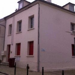 Location Local commercial Champs-sur-Marne 90 m²