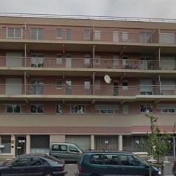 Vente Local commercial Segré 143 m²