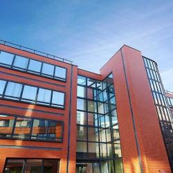 Location Bureau Guyancourt 975 m²