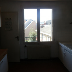 Location Local commercial Chartres 100,38 m²