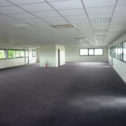 Location Bureau Melesse 780 m²