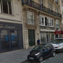 Location Local commercial Paris 1er 70 m²