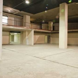 Location Local commercial Saint-Cloud 1500 m²