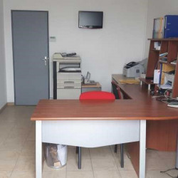 Location Bureau Maurepas 128,5 m²