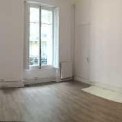 Location Bureau Paris 1er 55 m²