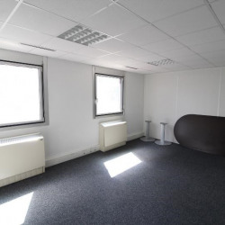 Location Bureau Noisy-le-Grand 64 m²