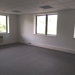 Location Bureau Le Port-Marly 264 m²