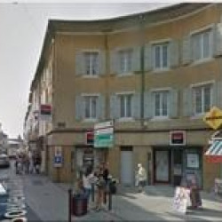 Vente Local commercial Aubenas 865 m²