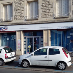 Location Local commercial Compiègne 118 m²