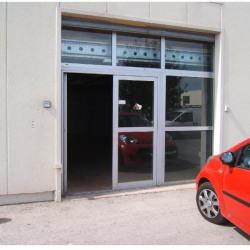 Location Local d'activités Lattes 210 m²