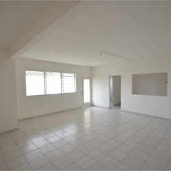 Location Bureau Cayenne 50 m²