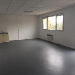 Location Local d'activités Élancourt 219 m²