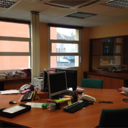 Location Bureau Bourg-en-Bresse 200,38 m²